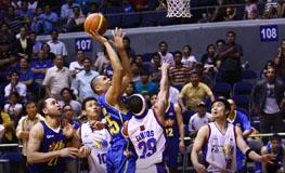 Japeth Aguilar's winning shot