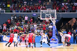 Alaska Aces vs SanMig Coffee Mixers